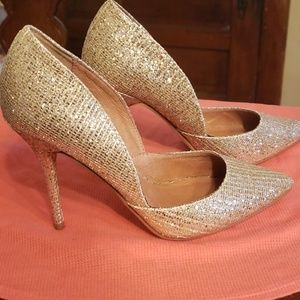 Gold heels (chinese laundry)